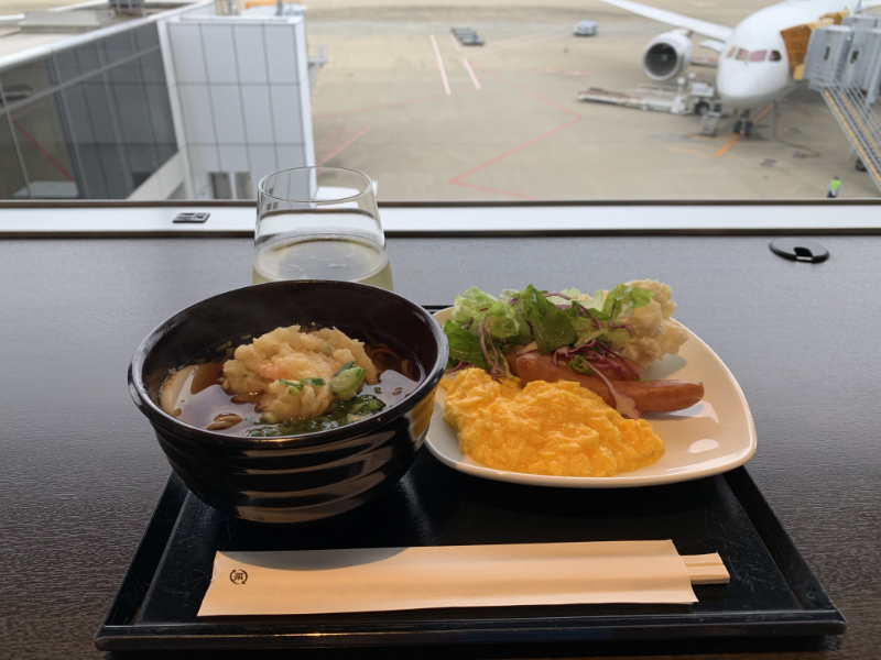 成田空港ANAラウンジ食事