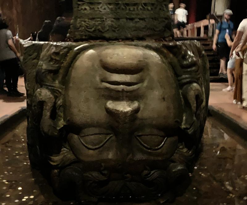 地下宮殿 メデューサの頭