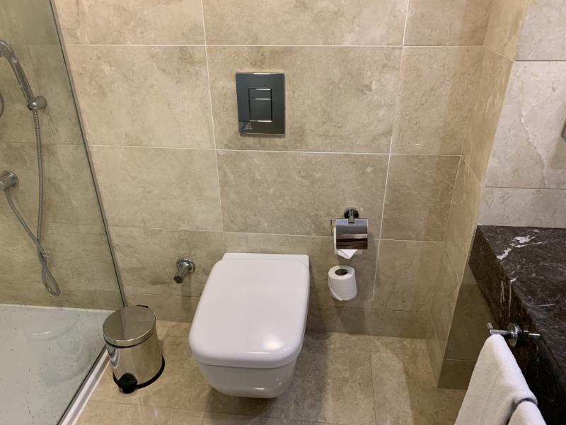 ホリディインイスタンブールオールドシティ浴室