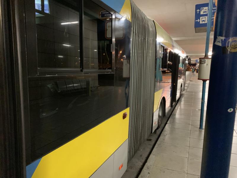 アテネエアポートバス
