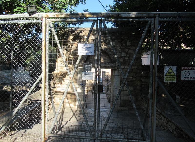 ダフニ修道院入口