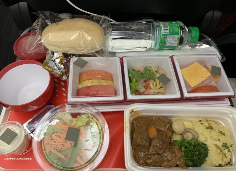 JALマニラ線機内食